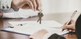 Официальный рейтинг адвокатов и фирм по юридическому сопровождению сделки купли продажи квартиры